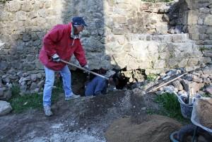 Corvée du 10 avril 2015: bouchage du trou du rempart