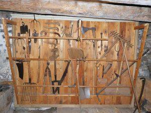 Ferme Perrel - Le mur à outils