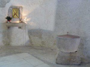Visite des gens du Pilat, dans l'église
