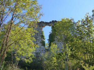 Visite des gens du Pilat, le donjon