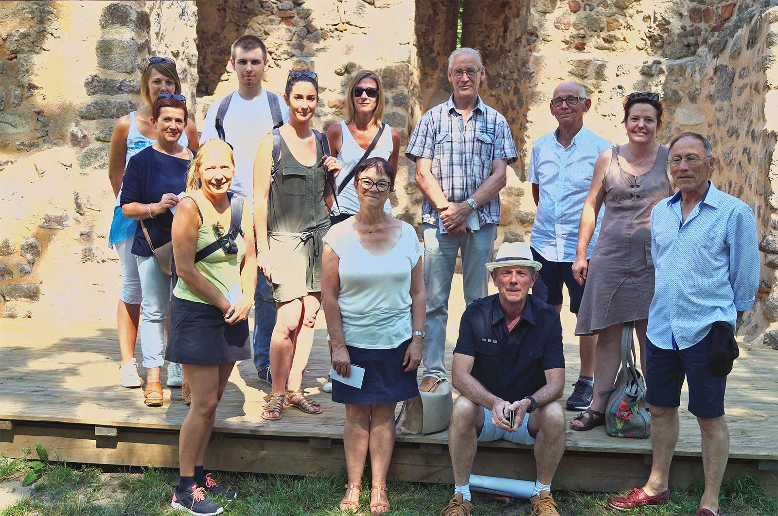 Les offices de tourisme de Forez Est visitent Donzy