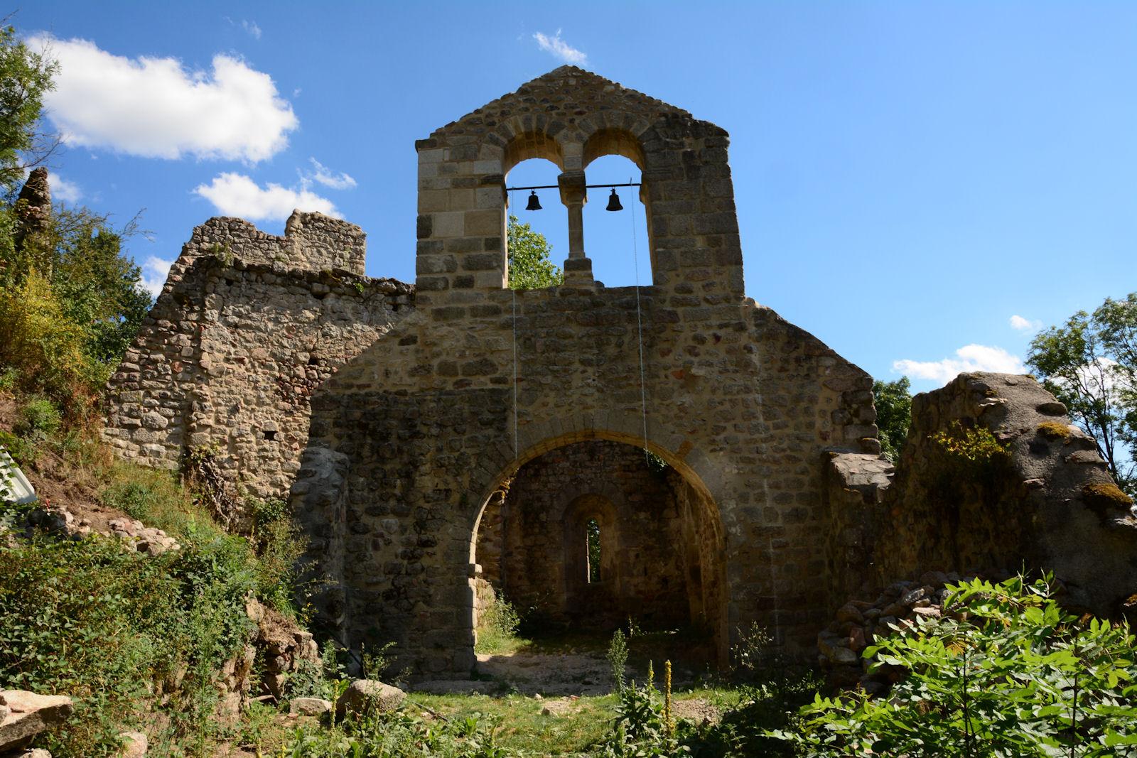 Le clocher de la chapelle Saint Alban est restauré.